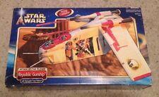 STAR WARS AOTC SAGA ATTACK OF THE CLONES REPUBLIC GUNSHIP! HASBRO! MIB! 2002!