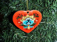 Scandinavian Norwegian Rosemaling Folk Art Ceramic Heart Ornament