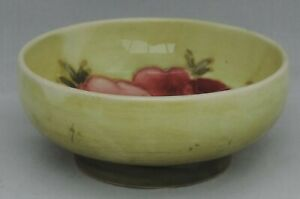 Moorcroft-small-bowl-decorated-with-anemone-on-yellow-ground-diameter-8cm