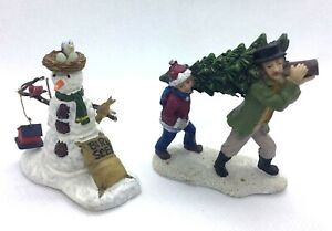 LEMAX Christmas Village Snowman 2 Pieces Bird House Feeder and Bringing The Tree