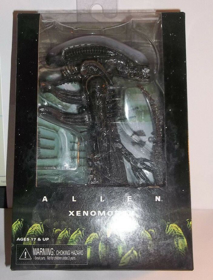 Alien XENOMORPH Boxed Action Figure NECA REEL TOYS 2015 Sealed damaged box