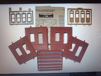 DPM #30136 - Dock Level Rectangle Entry HO Scale Modular Building Kit - New
