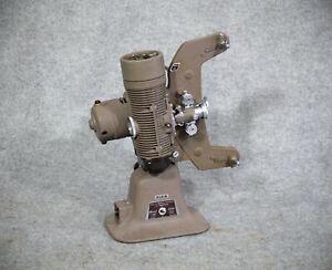 """New in Box"" um 1940 - Bell & Howell / Gaumont, Model 606, 8mm Normal Projektor"