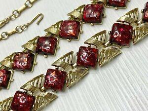 Vintage-Signed-Coro-Demi-Parure-Thermoset-Confetti-Deep-Red-Gold-Tone-Necklace