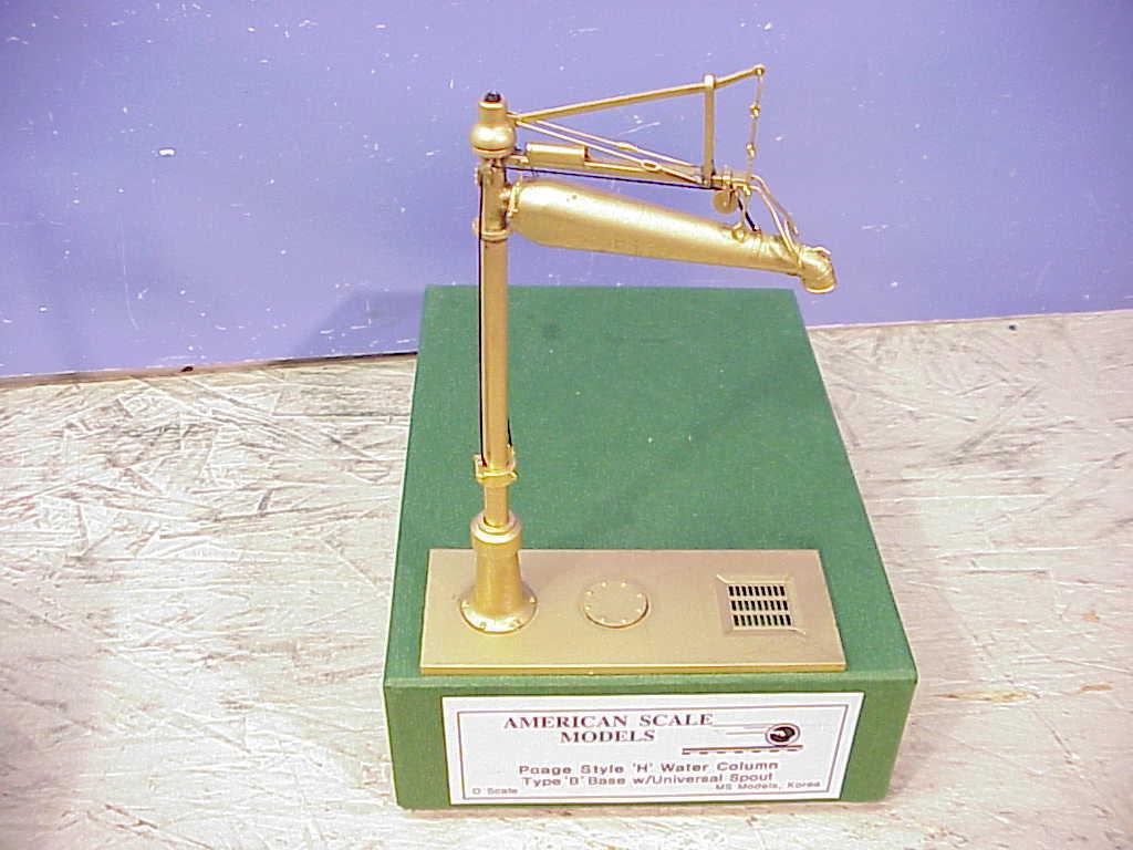 Brass Imports o American Maquetas Poage 'H' columna de agua con caño Universal