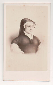 Vintage-CDV-Louise-of-Savoy-Duchess-Nemours-Mom-Francis-I-E-Desmaisons-Photo