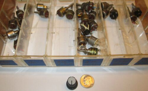 CHOICE  USED-GOOD RV6 SIZE  POTENTIOMETERS W//SHAFT 9 VALUES AVAIL