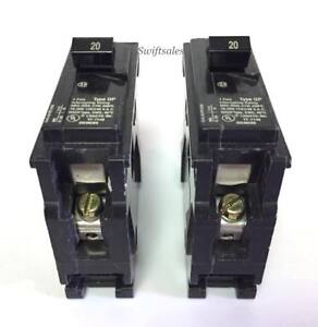 NEW GE CIRCUIT BREAKER THQL1120 PLUG IN TYPE 20A 1 POLE VOLTS *** Lot of 2