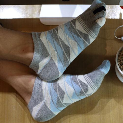 Vente chaude nouveau Femme Homme Chaussettes Coton Sports Five Finger Socks Toe Socks Ly