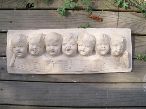 3147 Bas relief les choriste ange petite choral 49 cms