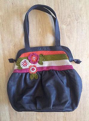 Handtasche braun mit Blumenstickerei *NEU*