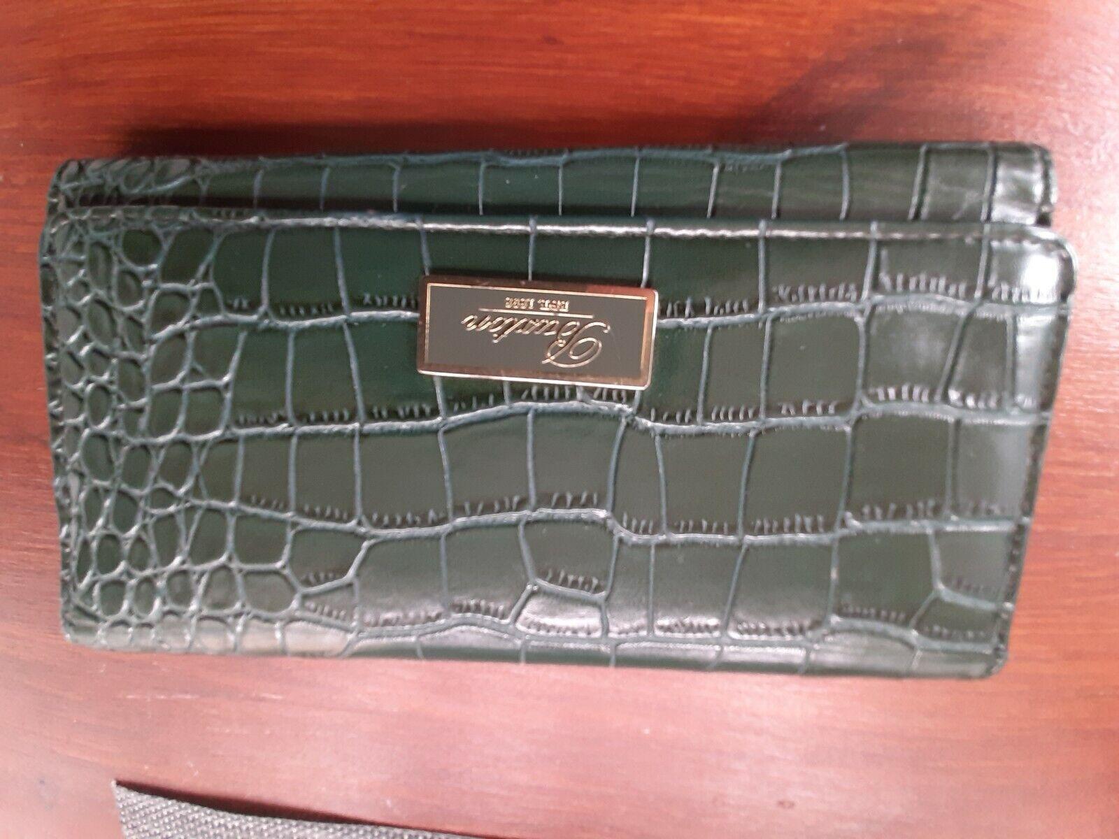 BUXTON EST 1898 Green Trifold Leather Purse Vintage