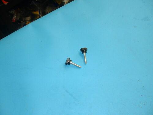 JAGUAR DAIMLER DASH THUMB SCREWS FITS MARK 2 V8 E-TYPE C15785 X 2