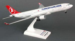 Turkish-Airlines-Airbus-A330-200-1-200-SkyMarks-Flugzeug-Modell-SKR743-NEU-A330