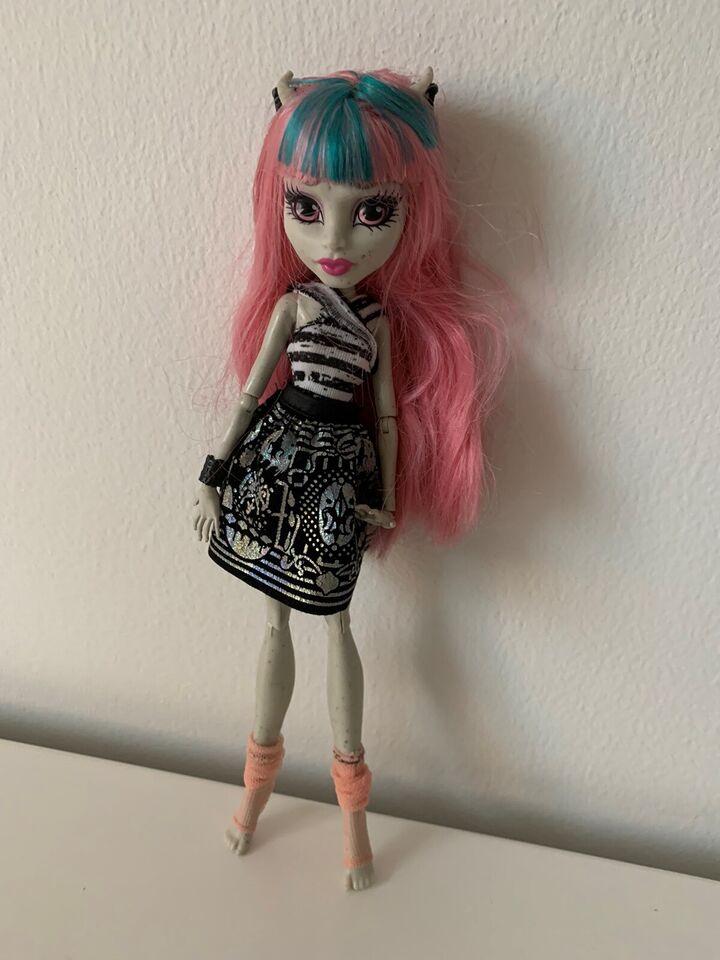 Andet, Monster High dukker