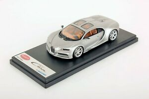 Bugatti-Chiron-Sky-view-Looksmart-1-43-no-BBR