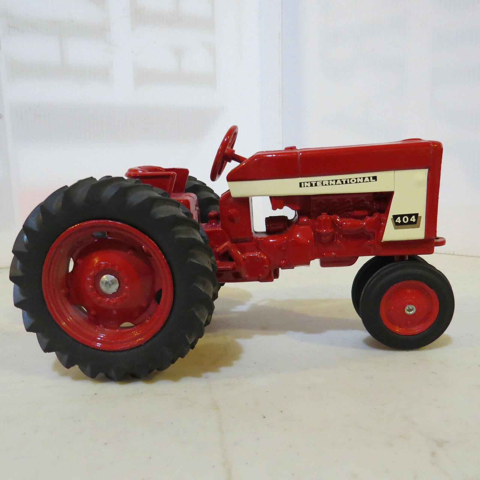 Ertl Ngosiw3556 International Rare Nf Harvester 404 Tracteur Ih487 v0wOy8nPmN