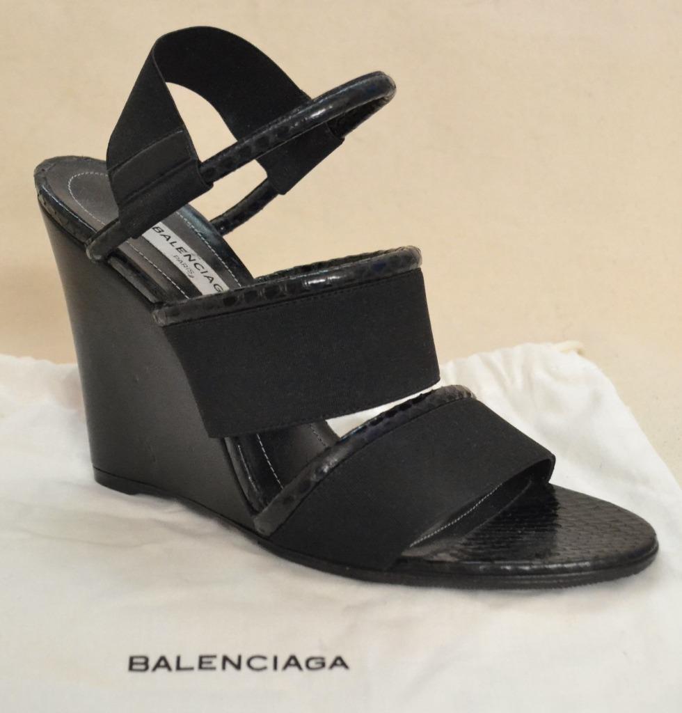 Balenciaga Black Snakeskin Wedge shoes Size 37 - US size 7
