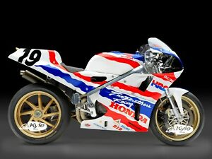 24-034-X-30-034-High-Definition-PHOTOGRAPH-Poster-Spencer-Race-Honda-RC30-VFR750R