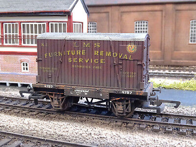 Hornby Lms Conflat & Container Wagon 4757 (lineside Weathered) R6241