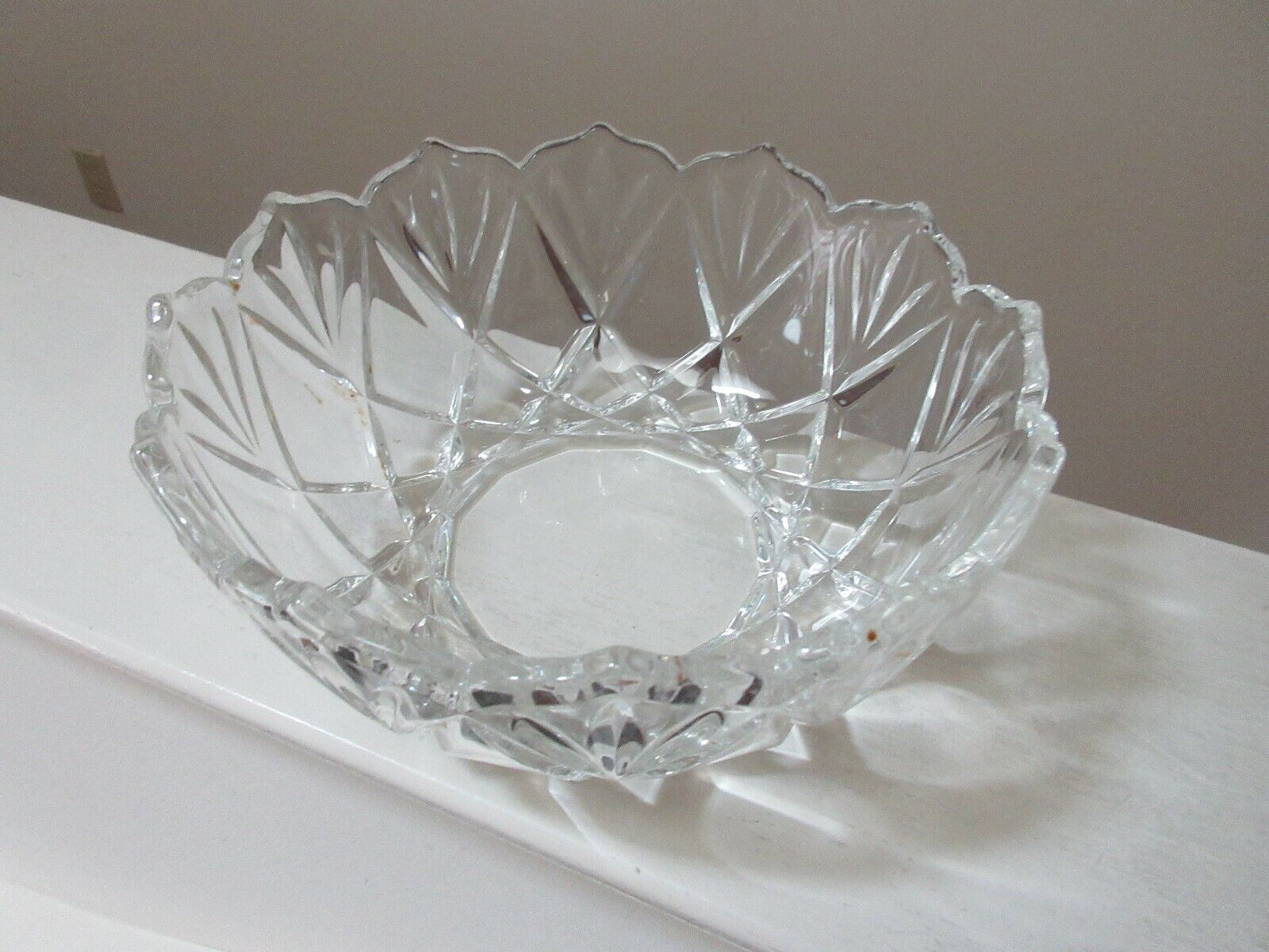 "Crystal Bowl , 2 Lbs. , 8"" x 3 1/2"" , 24: Diameter , Un"