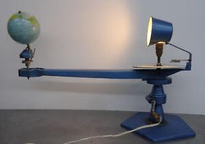 Vintage-50s-Planetarium-Tellurium-Modell-Erde-Sonne-fuer-Lerneinheiten-50er-Jahre