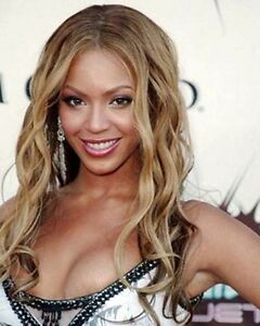 BEYONCE-039-KNOWLES-8-X-10-COLOR-PHOTOGRAPH
