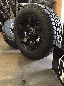 5-18-034-XD-Rockstar-2-Black-Wheels-Jeep-Wrangler-JK-33-034-Toyo-AT2-Tires-Package
