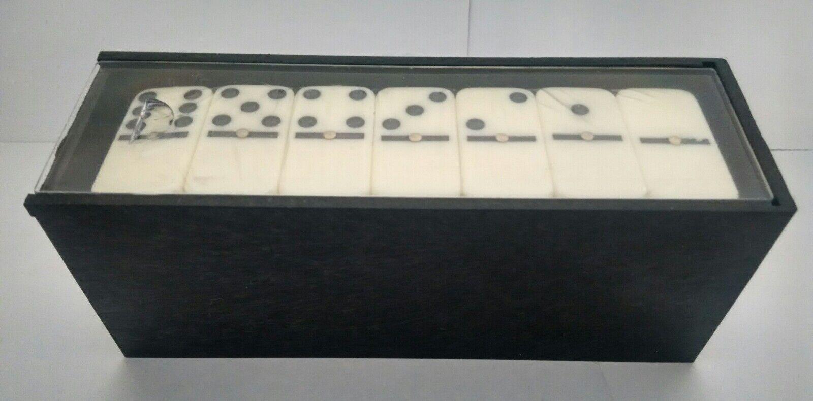 Domino Farbe marfil juego juego juego de mesa en caja de plastico e2389e