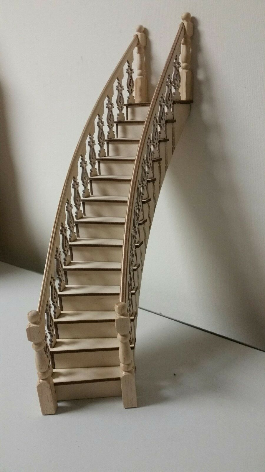 Lancaster 1:12 Victorian right-curved Staircase