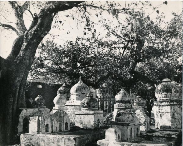 Strict Paul Coze C. 1930 - Tombes Pendjab Indes - Nv 97