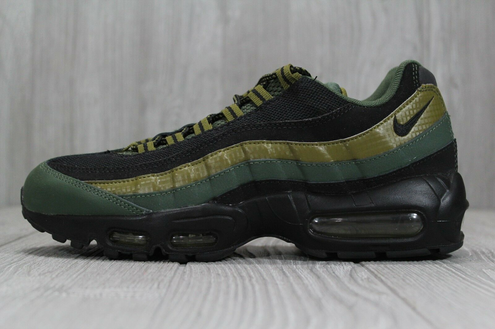 best sneakers 6e16d a82d9 37 Nike Air Max 95 Essential Carbon Green Black 749766 300 Mens shoes 8 9.5  10.5