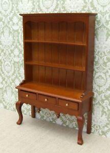 1:12 Dolls House Queen Anne Dresser - Oak