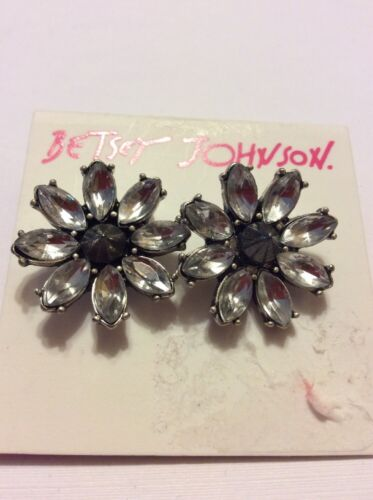 $30 Betsey Johnson  Something New large clear crystal flower stud earrings  401