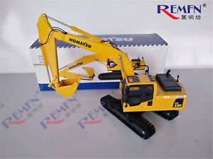1-43-Komatsu-PC220-8-Hydraulic-Excavator-with-Metal-Track-Diecast-Model