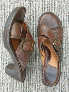Born-W3070-Brown-Leather-Size-9-Buckle-Criss-Cross-Heeled-Sandals-Women-039-s