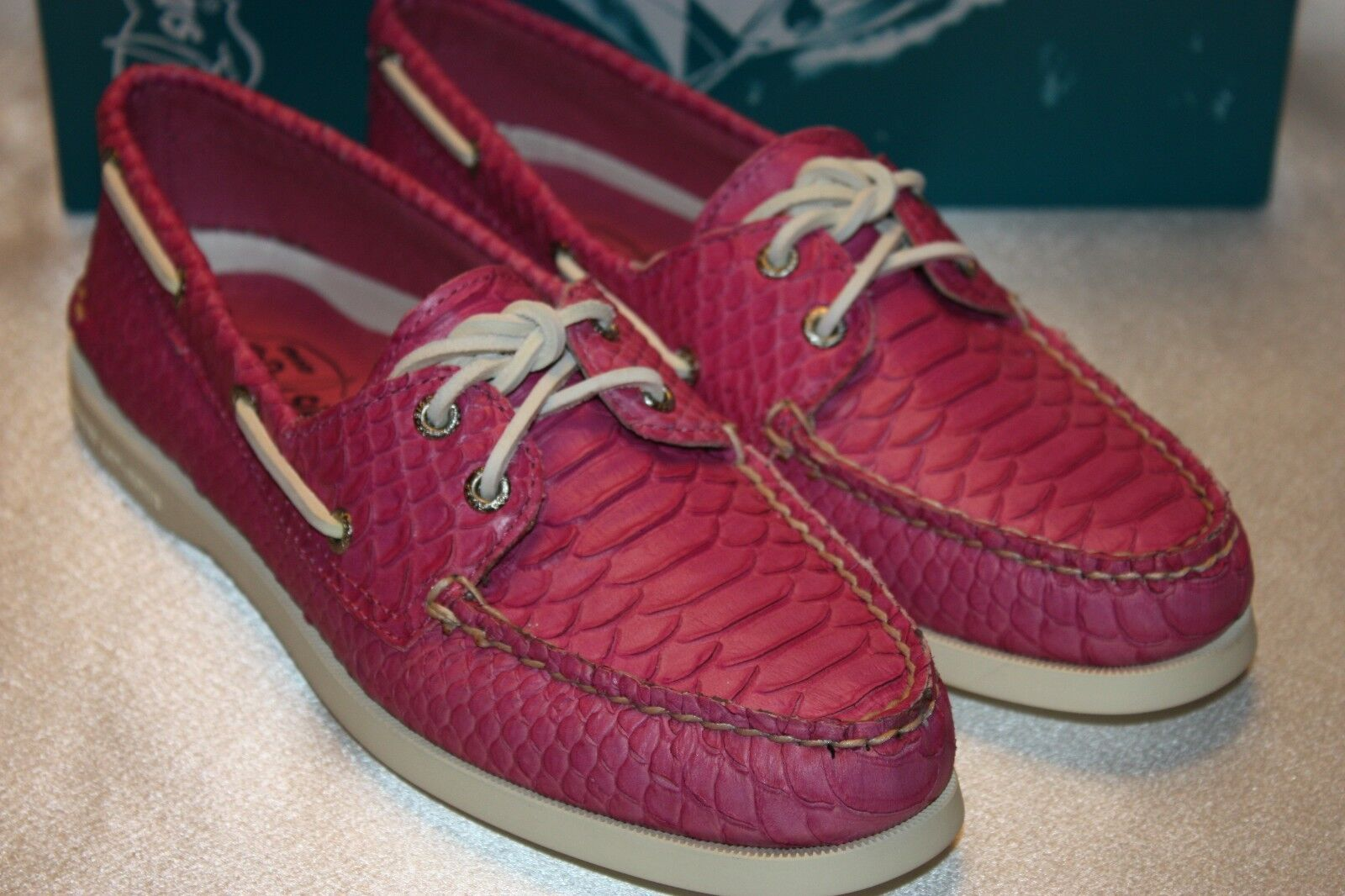 NEW  NIB Sperry Top Sider A/O 2 Eye Pink Python Print Snake Boat Schuhes Sz 8 150