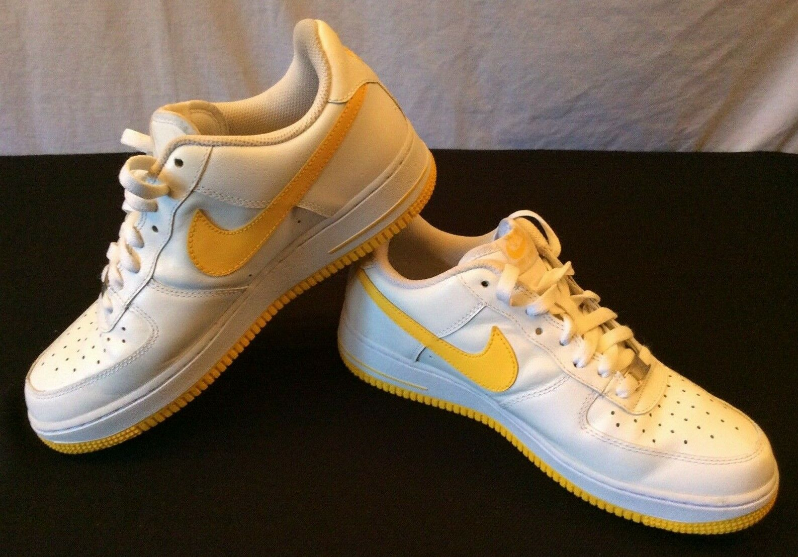 Nike AIR FORCE ONE 1 82 AF1 shoes White Varsity Maize 315122 172 - Mens 8.5  VGC