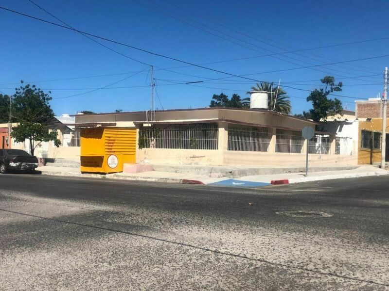 Casa En Venta, Calle Rosales Esq. Juan Dominguez Cota. Col. La Rinconada.