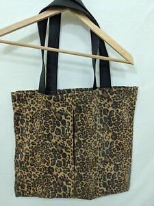 Details about GUESS Women's Leopard Print