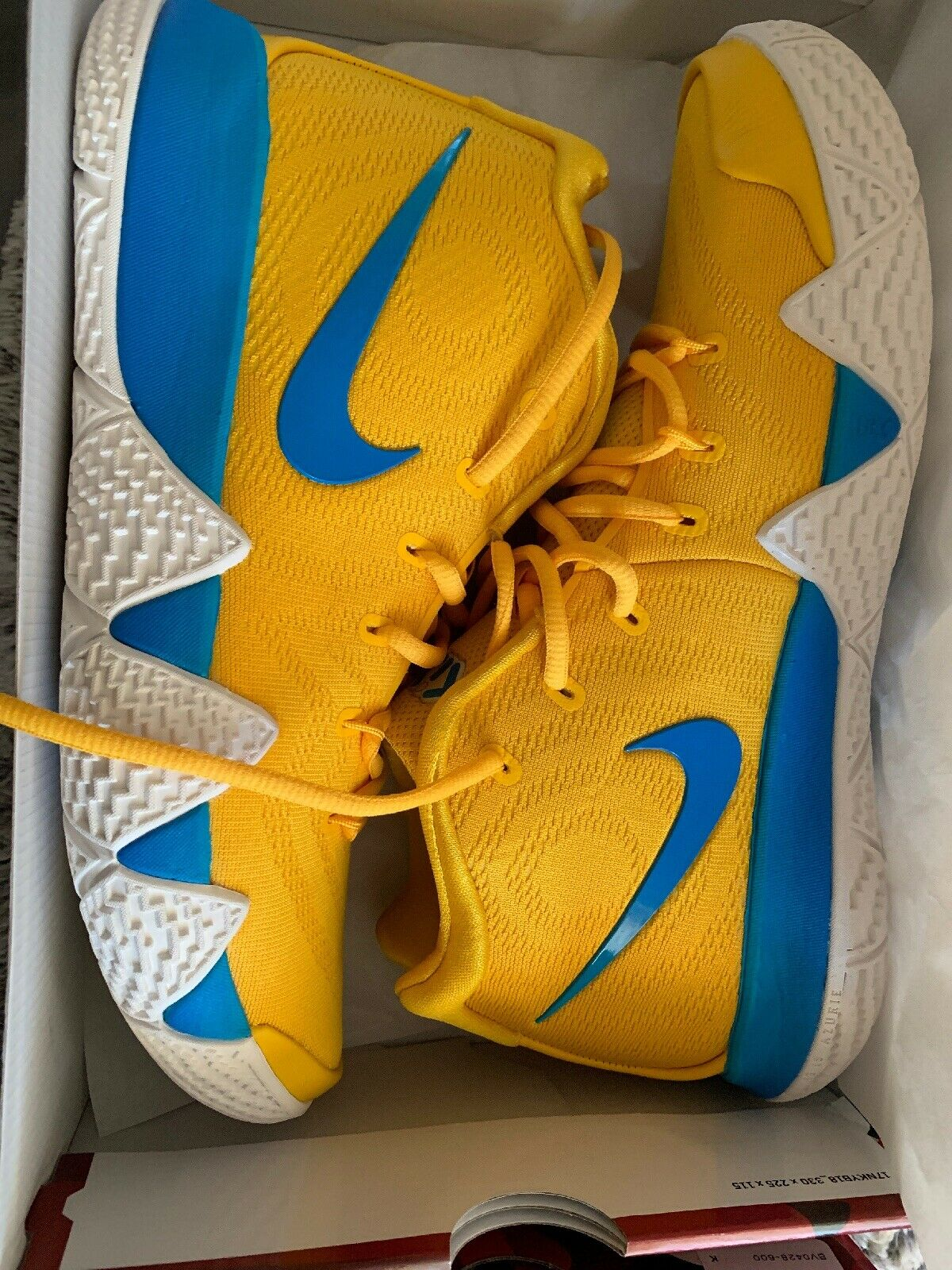 NIKE KYRIE 4 KIX CEREAL PACK yellow MULTI-COLOR SZ 8.5 [BV0425-700]