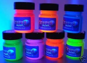 7-colours-x-30ml-pots-Fluorescent-glow-UV-Blacklight-Paints