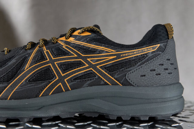 ASICS FREQUENT TRAIL shoes for men, NEW, Style 1011A138, US size 11.5