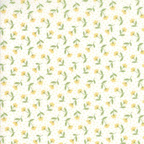Moda Fabric Farmers Daughter Bloom Toss Vanilla Yellow Per 1//4 Metre