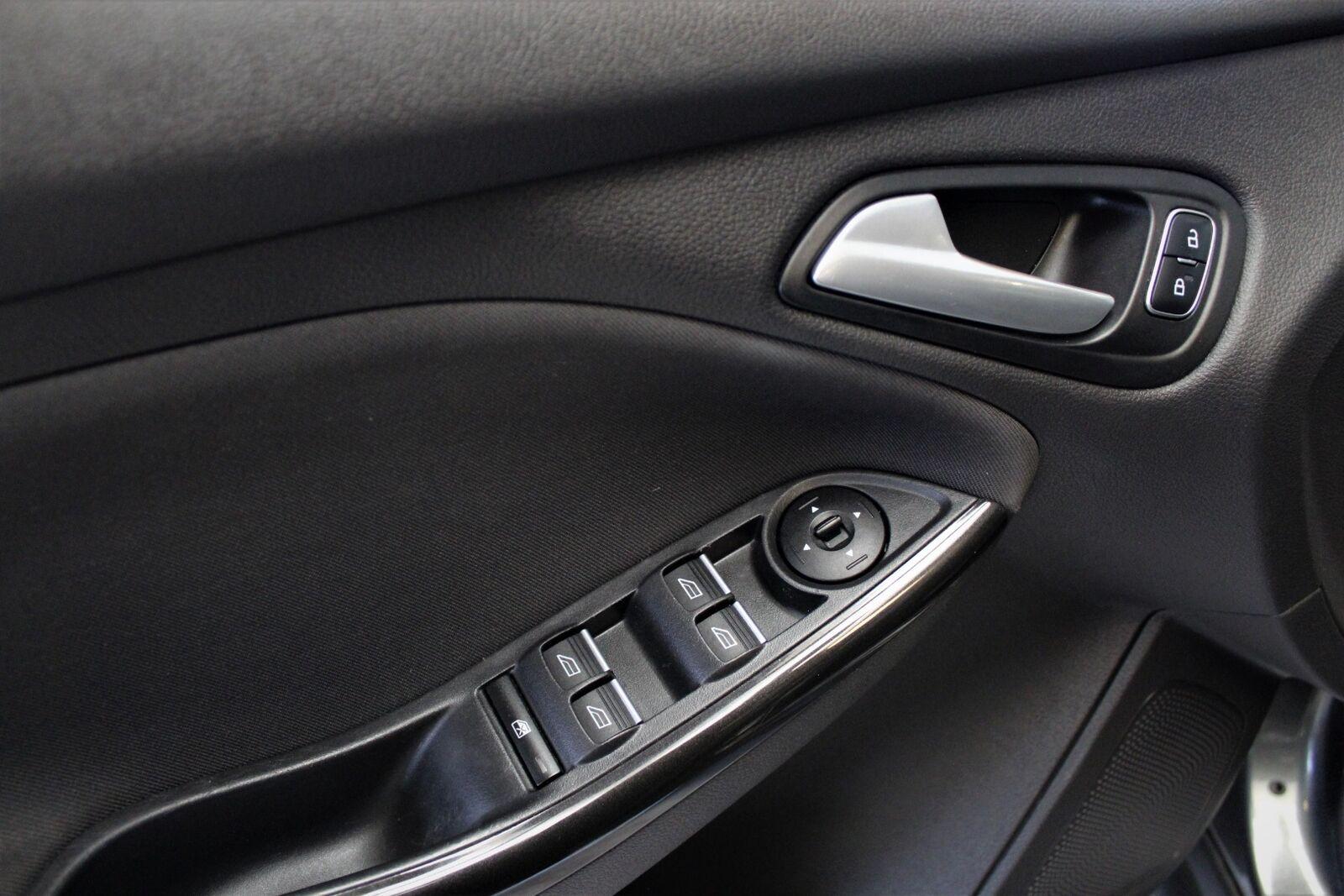 Ford Focus 1,0 SCTi 100 Titanium stc. - billede 15