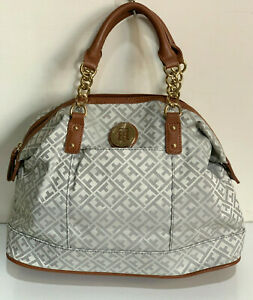 NEW-TOMMY-HILFIGER-OFF-WHITE-GRAY-GOLD-CHAIN-BOWLER-SATCHEL-TOTE-BAG-85-SALE