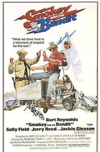 Burt-Reynolds-Signed-Smokey-and-The-Bandit-11x17-Movie-Poster-PSA-DNA-COA-Auto-039-d