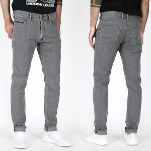 Diesel-Herren-Slim-Tapered-Fit-Roehren-Stretch-Jeans-Hose-Grau-Tepphar-R18D6