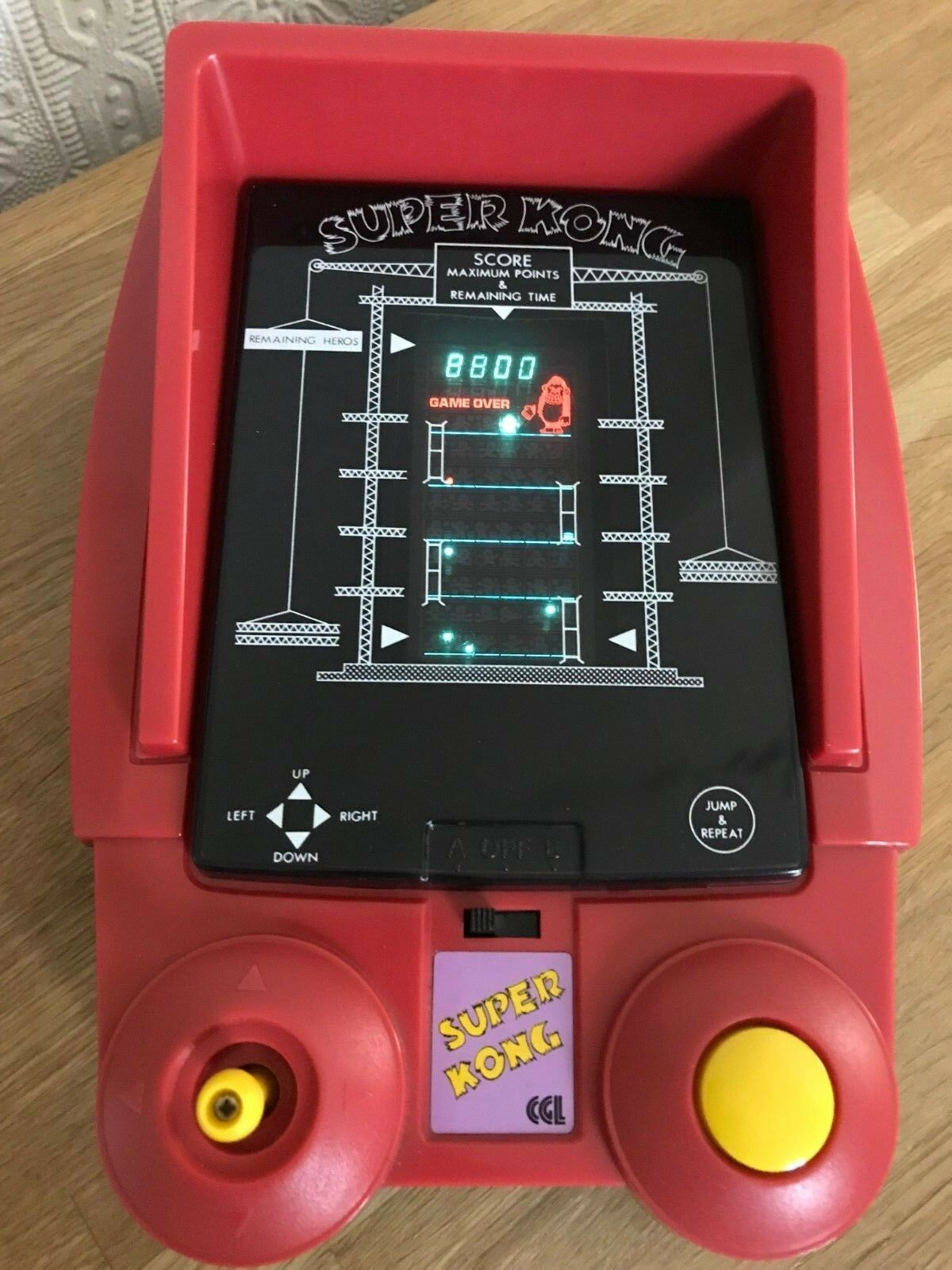 Rara de leucemia granulocítica crónica súper Kong Vintage 1981 mesa juego electrónico en excelente condición.