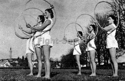 WW2 Picture Photo BDM Young women Bund Deutscher Mädel